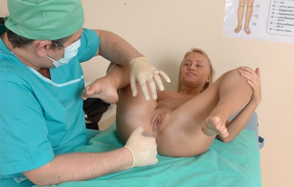 blonde-cutie-gets-examed